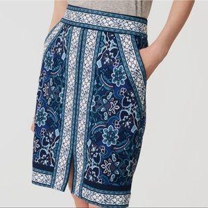 Ann Taylor LOFT Blue Floral Pencil Skirt sz 2